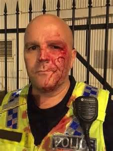 Man who punched Darwin police officer sentenced to at