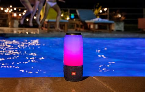JBL's latest Pulse speaker is a party in a pocket – Pickr