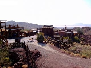 Offical Blog of Debbie Peterson: Visiting the Ghost Town