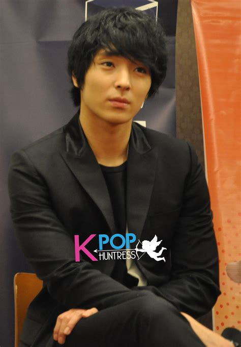 [PCPic/PCVid] 120114 FT Island for Press Conference in