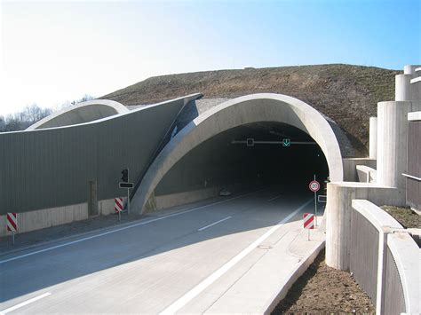 Tunnel – Wiktionary