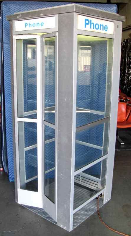ALUMINUM PHONEBOOTH in PHONE BOOTHS > PHONE BOOTH