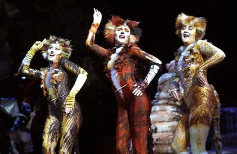 'Cats' Is Clawing Its Way Back to Broadway This Summer