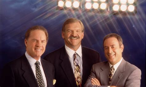 Frank Gifford defined 'Monday Night Football' for a