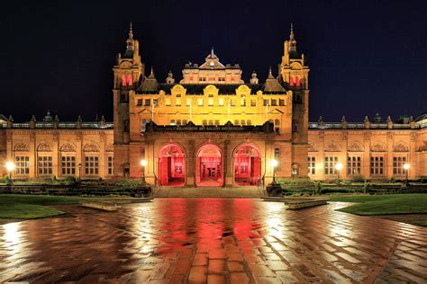 """Images tagged """"kelvingrove-art-gallery-and-museum"""